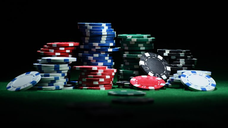 How Has Poker Online Become Popular Among People?