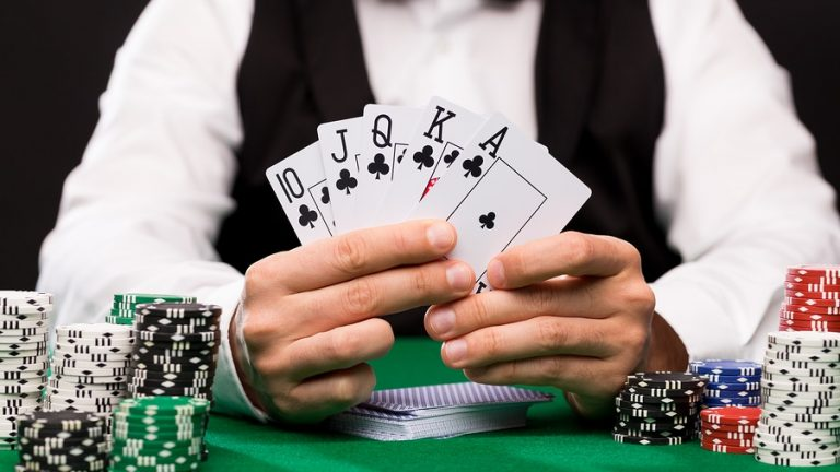 Time to get interesting offers through online casino